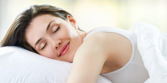 Ini Manfaat Dari Pengguna Selimut Tebal Saat Tidur